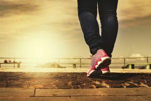 Jogging po chodníku